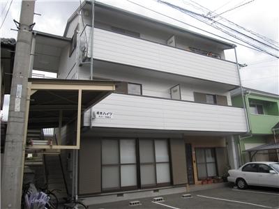 蔵本駅まで徒歩圏内。南向きで日当たり良好。