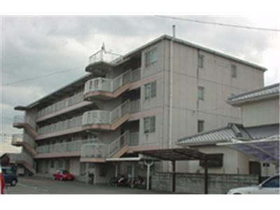 千松小学校すぐ近くの静かな環境の物件です!